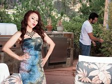 Red-hot HORNY HOUSEWIFE Claudia gets ass-fucked by the gardener